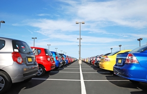 A car dealership encountered a number of challenges when they went into an iPad deployment solo.
