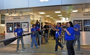Apple retail stores could be undergoing a change in 2014.