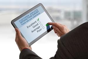 Apple tops a recent tablet satisfaction survey.