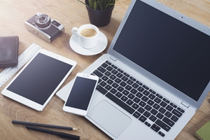 To succeed, Steve Jobs said a tablet must be better at certain things than both a smartphone and a laptop.